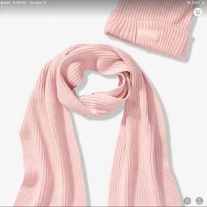 VS PINK SCARF AND BEANIE SET new